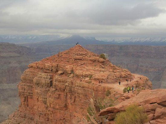 amazing view....becareful no barriers - Picture of Hualapai ...