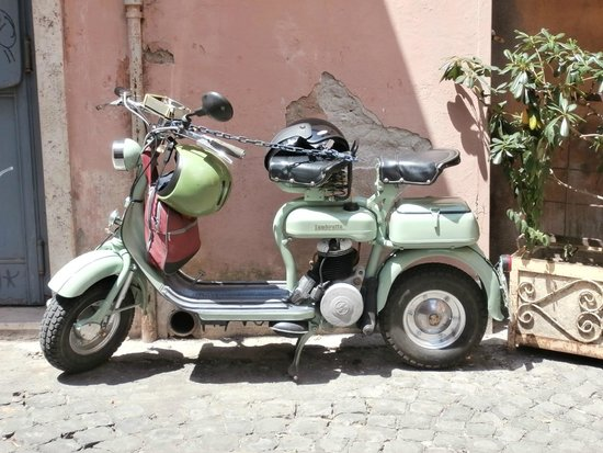 Things you see as you explore Trastevere