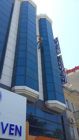 Guven Hotel: Otel Açık alanları