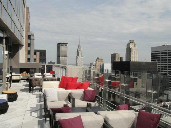 Hyatt Centric Times Square New York : Outside terrace of Bar 54 Hyatt Times Square