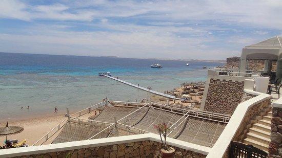 SENTIDO Reef Oasis Senses Resort: Пляж