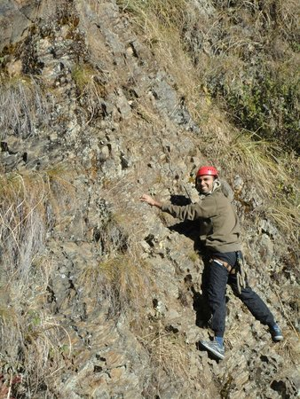 Club Mahindra Kanatal : Rock climbing and rapeling