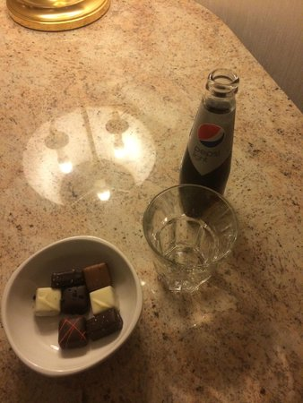 Grand Hotel Karel V Utrecht: My overpriced room service