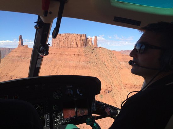 Gateway Canyons Resort, A Noble House Resort: The helicopter rides are an experience of a lifetime. The staff is passionate about the area.