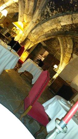 Abbaye de Maizieres: Restaurant sous la coupe d'un chef 1 *