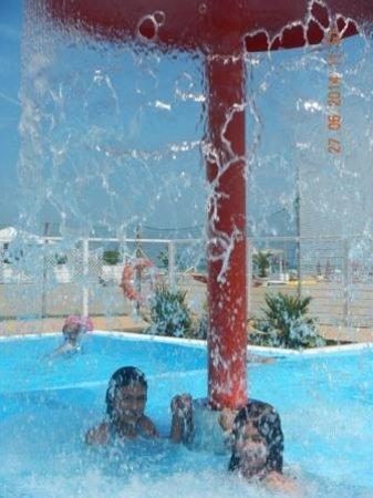 Spiaggia 130 Riccione: lanostra piscina...