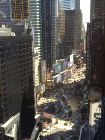 Crowne Plaza Times Square Manhattan : View from room in day