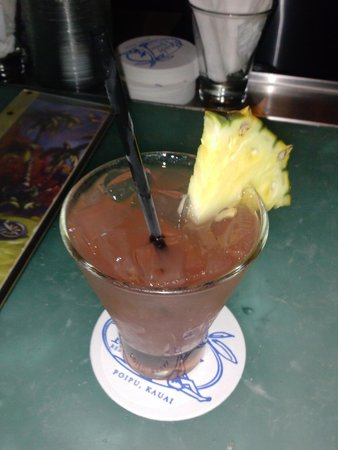 Brennecke's Beach Broiler: drinks are delicious!