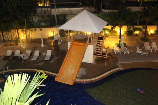 PGS Casa Del Sol Hotel: вид ночью