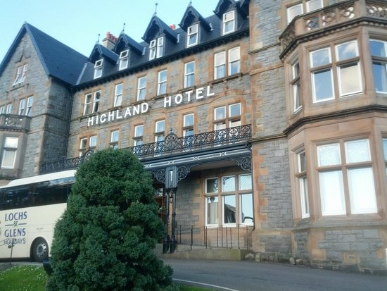 Highland Hotel : Front of the Hotel