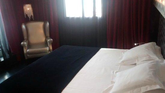 Hotel Vincci Via 66: Cama