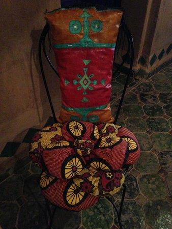 Le Sauvage Noble : de magnifiques coussins berbères en cuir