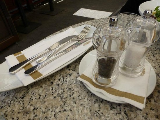 Gerbeaud : Perfect Cutlery, Salt and Pepper