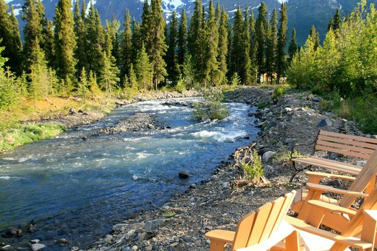 McKinley Creekside Cabins: creek