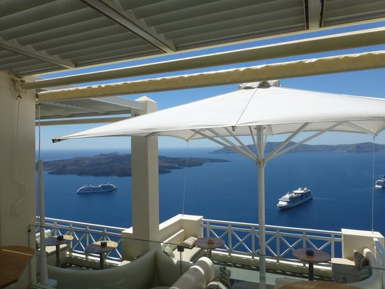 Enigma Apartments & Suites: hotel balcony