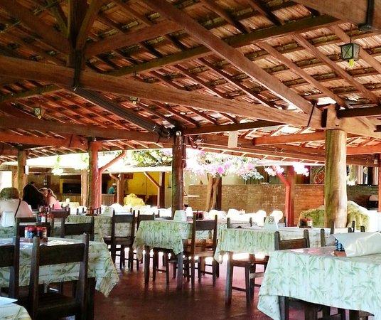 Jardinopolis, SP: Um dos ambientes do restaurante