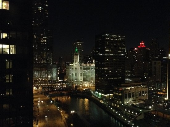 Swissotel Chicago: View from corner room at night - Michigan Ave
