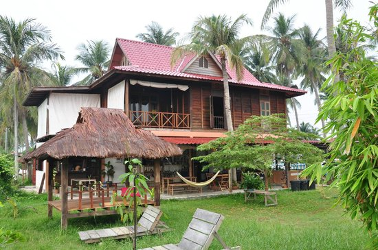 Soluna Guest House: The guest house compound