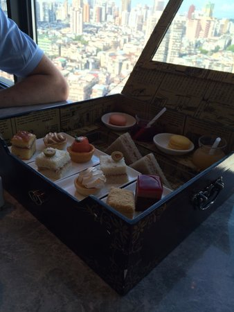 Sofitel Macau At Ponte 16: Afternoon Tea in the 'Club' on 17th Floor