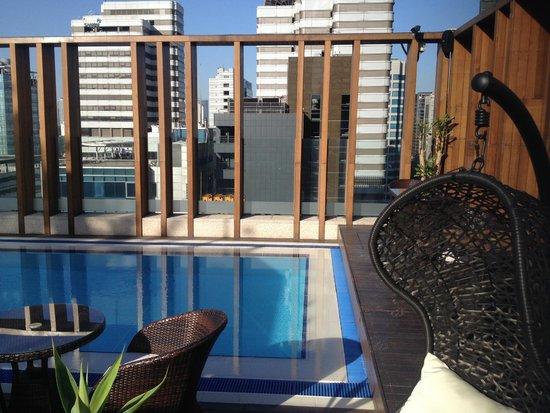 Grammos Hotel: piscine