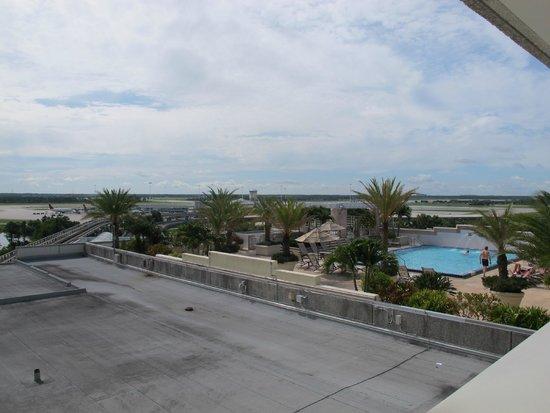 Hyatt Regency Orlando International Airport: Bassengområdet