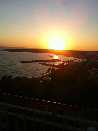 SENTIDO Thalassa Coral Bay : Прекрасный вечер..