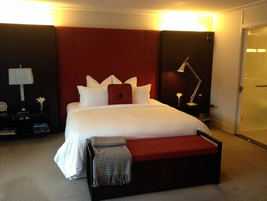 The Spire Hotel Queenstown: Incredibly comfortable bed