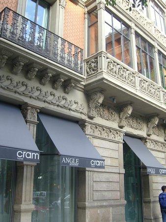 Hotel Cram : façade extérieure