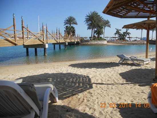 Hurghada Marriott Beach Resort : At the beach