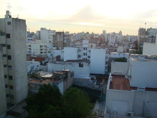 Monserrat Apart Hotel: Vista da área da piscina