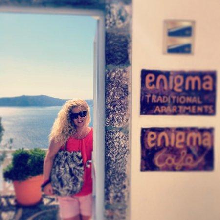 Enigma Apartments & Suites: Entrance to heaven
