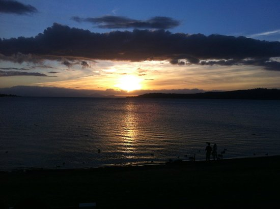 Sacred Waters Taupo Luxury Apartments: sunset cloudbank