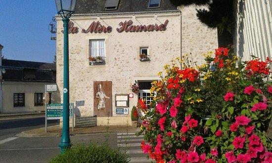 Hostellerie de la Mere Hamard : La Mere Hamard