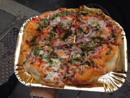 Pinsere: Pizza au thon à 4,5€