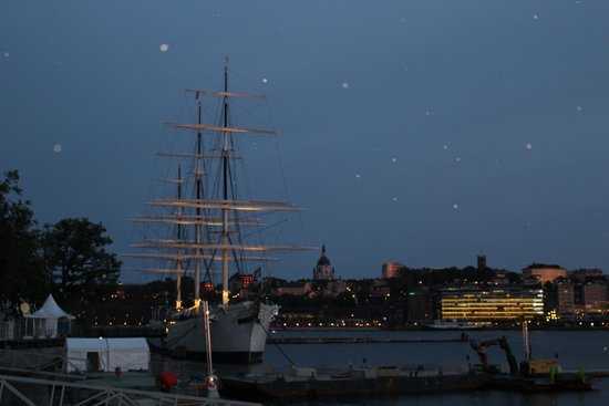 Hotel Skeppsholmen : View from the  bridge to Skeppsholmen