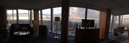 Shangri-La Hotel, At The Shard, London: Iconic View