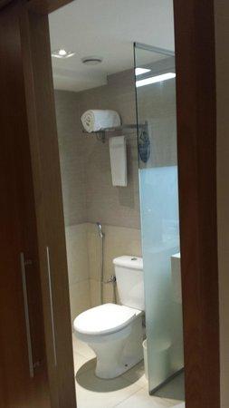 Golden Tulip Rio Copacabana: banheiro