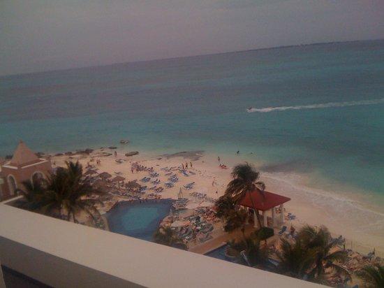 Hotel Riu Cancun : Vista do quarto