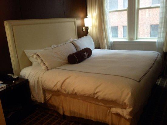 The Ellis Hotel: Room 705