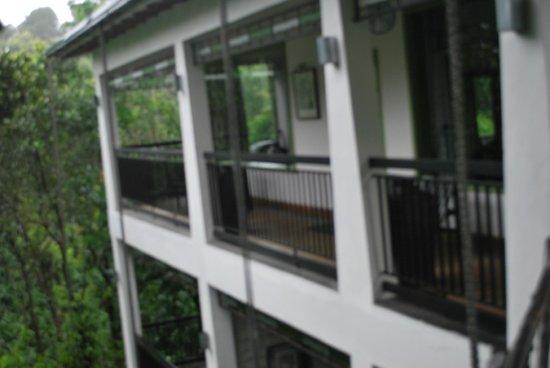 Aanavilasam Luxury Plantation House : The patio