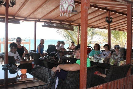 The Turtle Beach Resort (Ras al Hadd) : TBR restaurant w/sea view