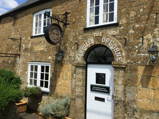 The Marquis of Lorne Inn : Entrance