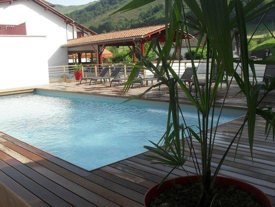 Hotel Andreinia: piscine chauffée de l'hôtel