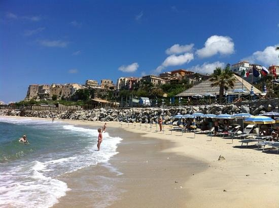 Tropis Hotel: spiaggia