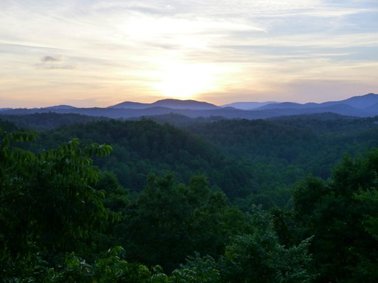 Endless view : Sunset from the Deck