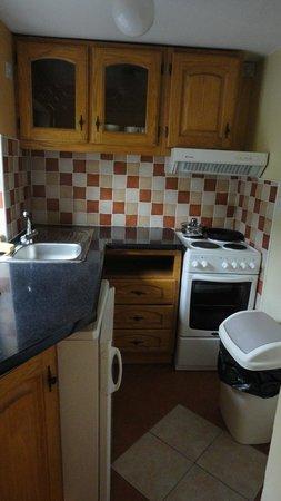 Amber Heights Guesthouse: Cuisine séparée