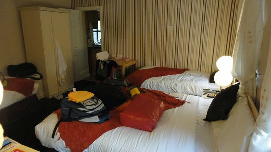 Amber Heights Guesthouse: Chambre 4 personnes