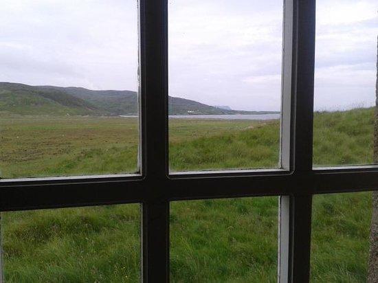 Tra Na Rosann Hostel: window view