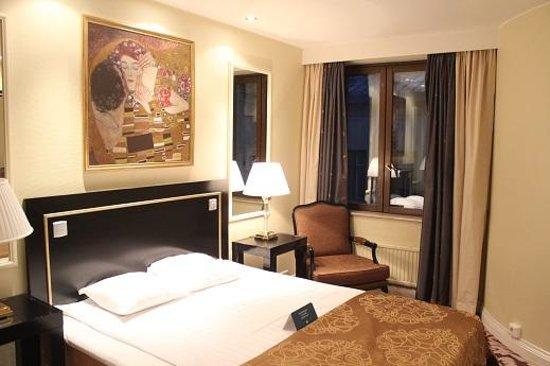 Hotel Seurahuone Helsinki: ホテル セウラフオネ 客室