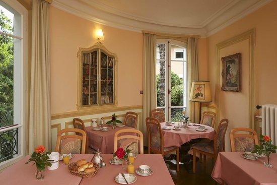 Hotel La Perla : Breakfast Room at Villa Veratum - annex to main building